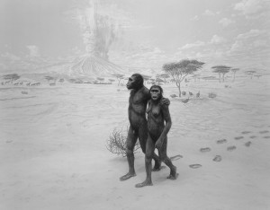 "Hiroshi Sugimoto, ""Earliest Human Relative"" ( Preliers parents humains), 1994, épreuve gélatino argentique, 50,8x81 cm, pace Galleray Nex York."