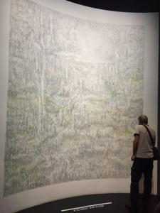 Dessin du quatrième jour, dessin mural graphite et pastel, vue de l'installation dans l'exposition Jardins, Grand Palais, 2017.
