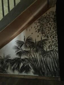 Arrière-salle de l'ancien tribunal de Lectoure. Dessin mural, fusain. Détail.