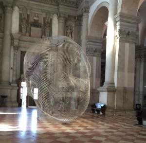 Mist, 2014, acier inoxydable, 525 x531 x425 cm, basilique San Giorgio Maggiore, Venise