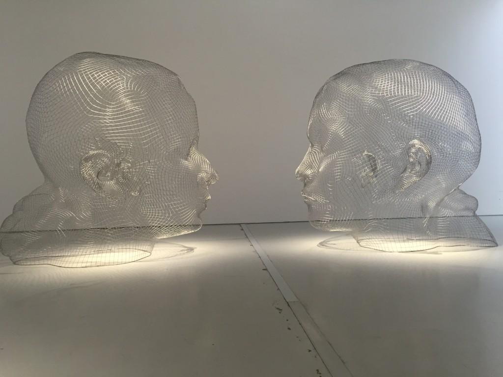 Lou & Laura,2016, acier inoxydable ,400x 300 x400cm