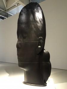 Une des sculptures en fonte de fer.